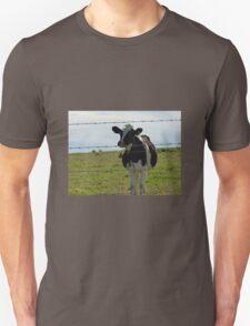 Moo  at Beechmont . T-Shirt
