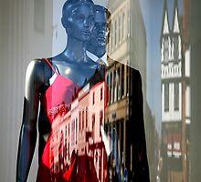 Shop Window, Stratford-upon-Avon by Alison Malcolm Flower