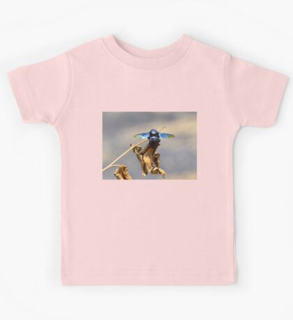 Colourful Carpenter Bee   Nature Photography Kids Tee