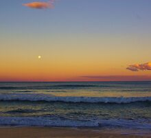 Old Bar Beach Sunset by rachpearl