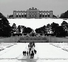 Schönbrunn Palace, Vienna by inglesina