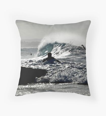 The Waves are Coming... Throw Pillow