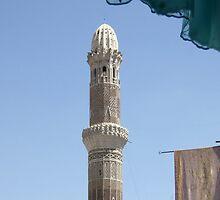 Symbols on the wall (30) - Madrassah Mosque minaret in Sanaa by Marjolein Katsma