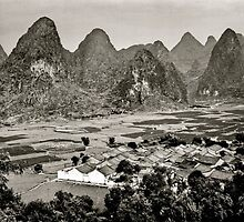 Guilin-2 , CHINA by yoshiaki nagashima