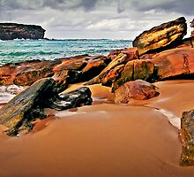 Wattamolla Beach Rocks by JoshuaStanley