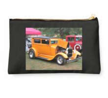 1930's FORD Model A Studio Pouch