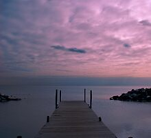 dusk, lake ontario- the beaches, toronto by josephiam