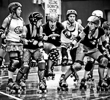 Roller Derby by Lisa  Kenny