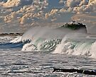Nobby's Lighthouse, Storm Surf by bazcelt