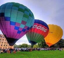 UP 3 ! - Balloonfest,Canberra Australia - The HDR Experience by Philip Johnson