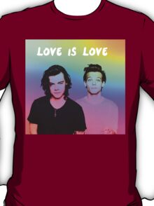 Love is Love - Larry  T-Shirt