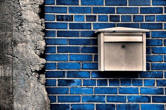 Mail Box by Kim  Calvert