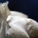 Garlicious by Hege Nolan