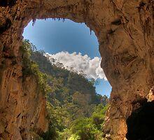 Devil's Coach House, Jenolan Caves by Erik Schlogl