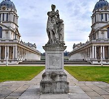 Unknown Statue in the Old Royal Naval College by monkeypolice