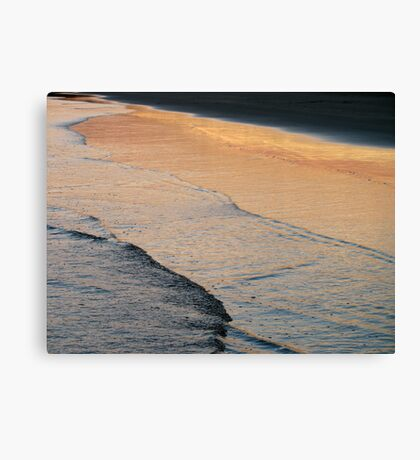 dusk's reflection Canvas Print