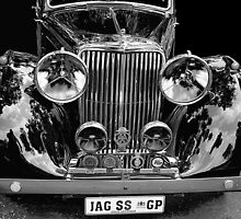 A fine pair of headlights by Tugela