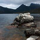 Towards Cradle Mountain by Ian Stevenson