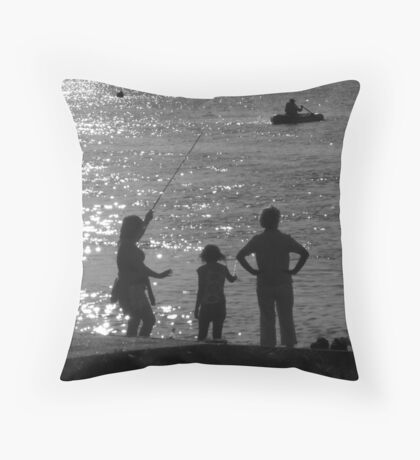 'Gone Fishing 2' : River Crouch, Hullbridge Throw Pillow