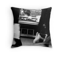 Rue Daguerre (6) - Paris 14ème - Throw Pillow