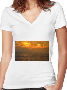 Billowy Sunset Women's Fitted V-Neck T-Shirt