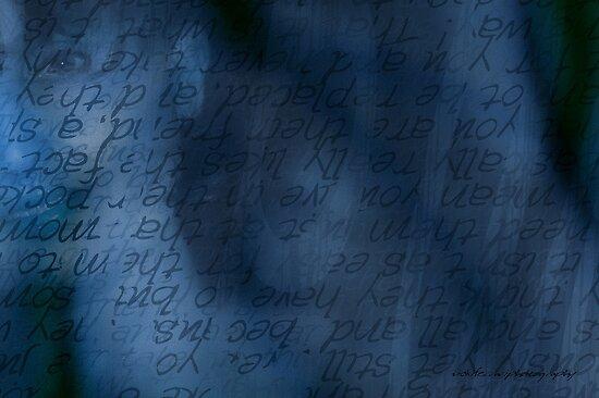 Blue Glimpse © by Vicki Ferrari