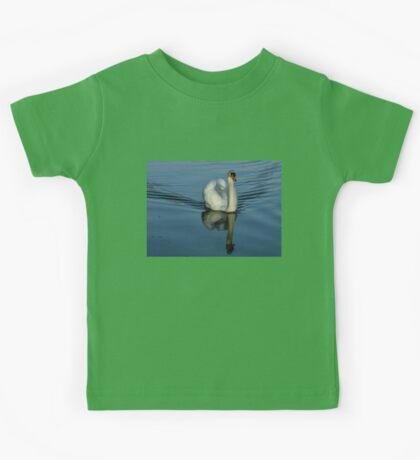 Swan Symmetry -  Graceful Cygnus Olor Kids Tee