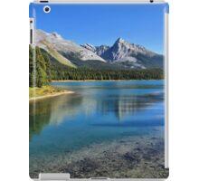 Maligne Lake, Jasper NP iPad Case/Skin