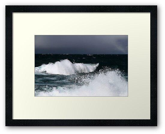 Sunlit waves on Lake Superior by Eros Fiacconi (Sooboy)