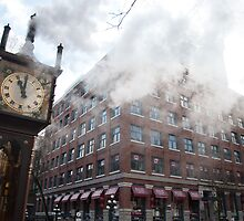 Steaming Clock - Gastown by travelingsimian