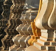 Stupas at Wat Bo by RobAllsop