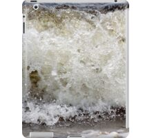 Wave. 3 iPad Case/Skin