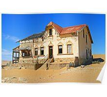 House in ghost town of Kolmanskuppe Poster