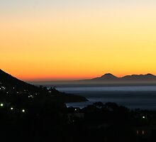 Sunset over the Cape peninsula by Rudi Venter