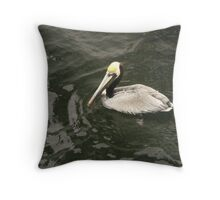 pelican in destin harbor Throw Pillow