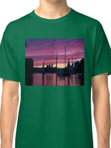 Toronto Skyline - the Boats Are Coming In Classic T-Shirt