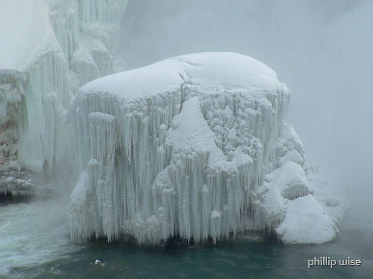 frozen niagra by phillip wise