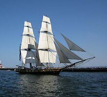 Lake Superior Tall Ship by Clubohara
