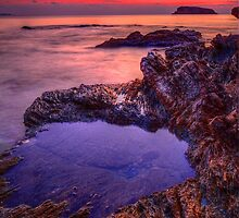 Blue rockpool by Kounelli