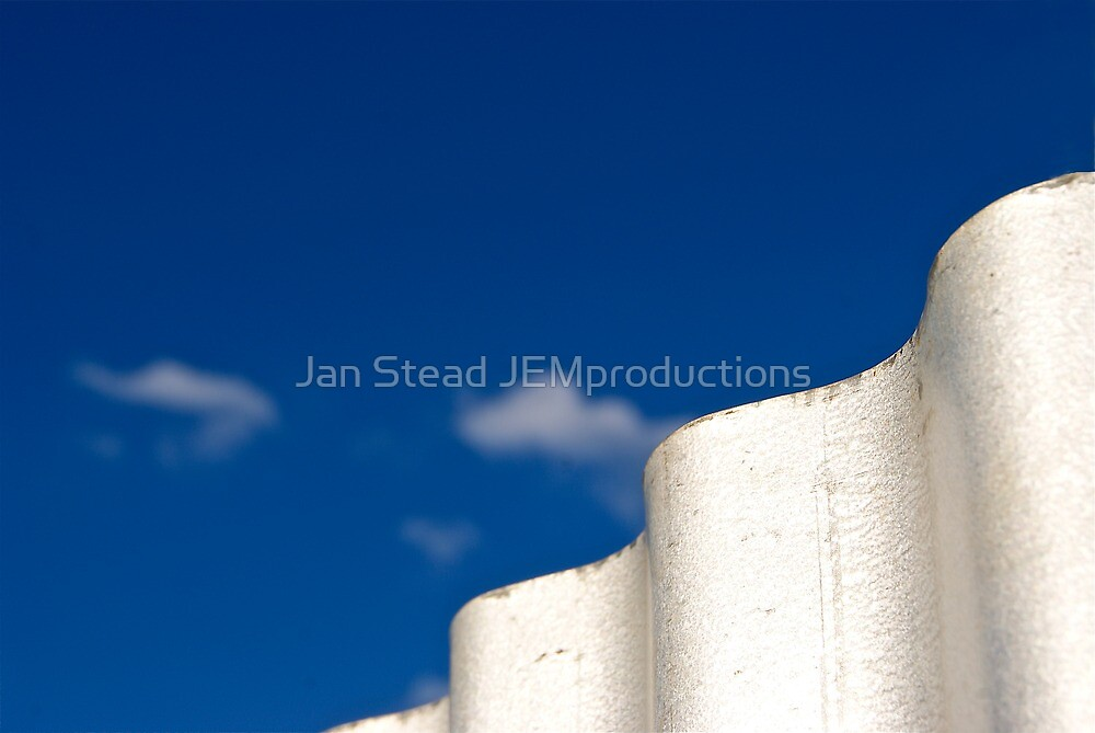 waves of white by Jan Stead JEMproductions
