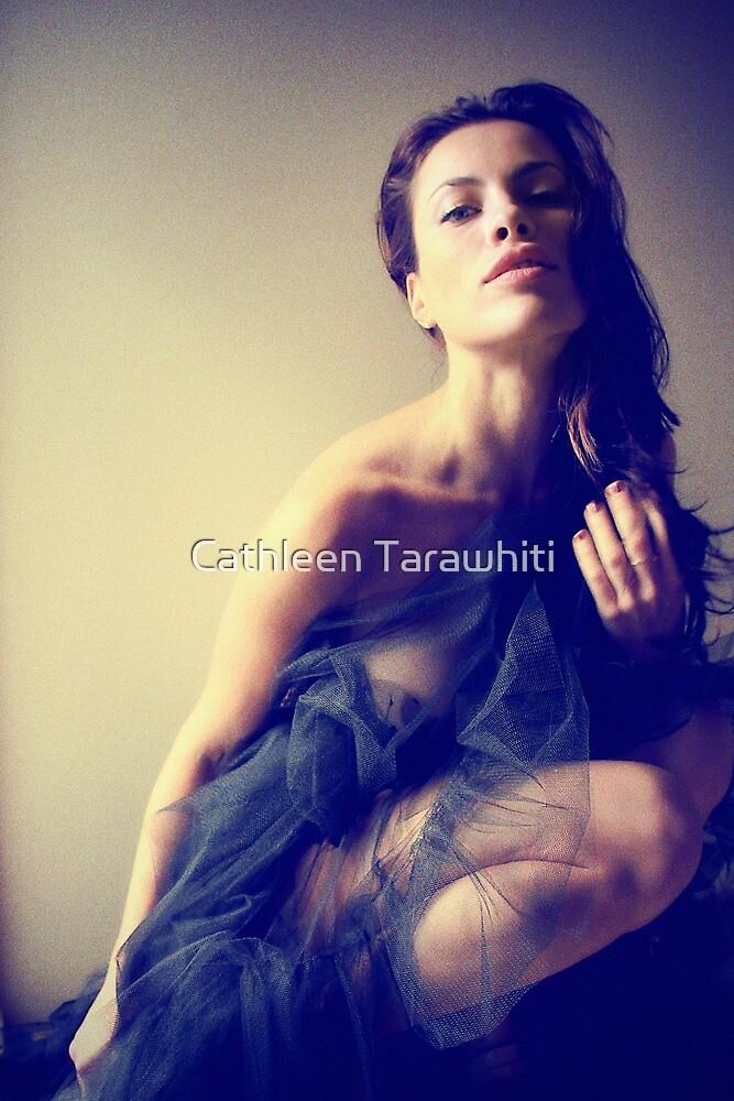 She Beckons by Cathleen Tarawhiti