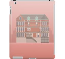 The Royal Tenenbaums Minimal Poster Print iPad Case/Skin