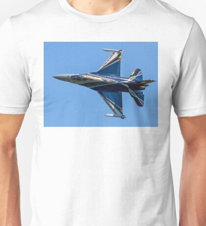 Belgian F-16AM 2012 demonstrator FA-84 rolling Unisex T-Shirt