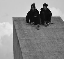 Skater Boys at the Forum by metronomad