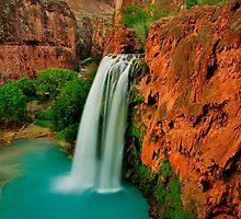Havasu falls  by Tomas Kaspar
