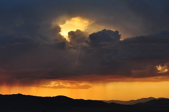 Dark Sunset by MistyCreek