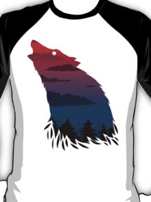 Scary howling wolf T-Shirt