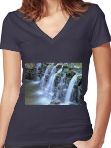 Minneopa Falls Women's Fitted V-Neck T-Shirt