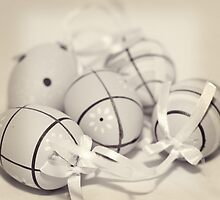 Vintage Eggs by TiKiPhotography