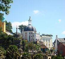 Portmeirion 2 by Hannah Edwards